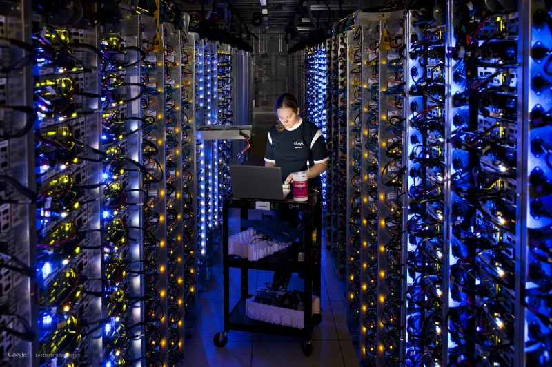 05468489-photo-google-datacenter