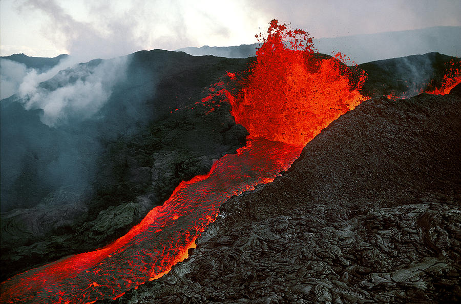 1-mauna-loa-eruption--big-island-of-hawaii-phil-degginger
