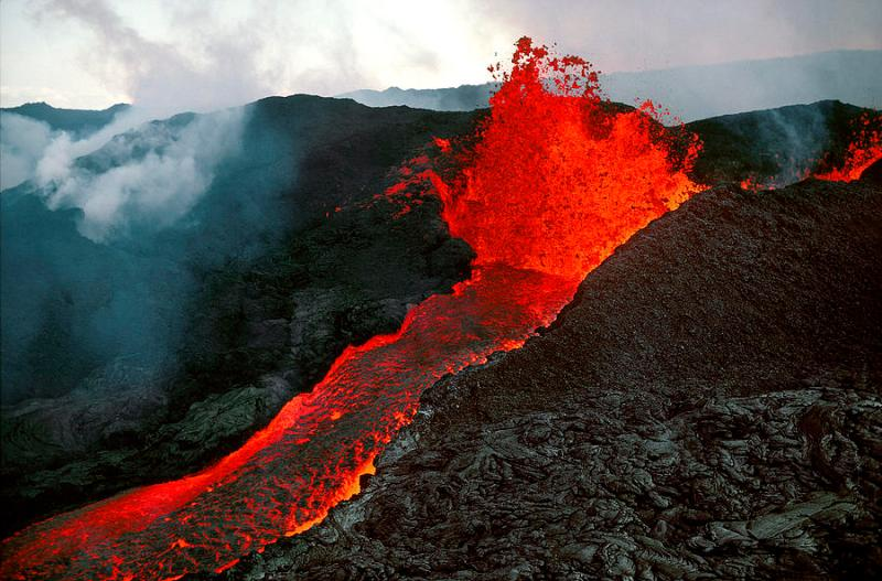 1-mauna-loa-eruption--big-island-of-hawaii-phil-degginger