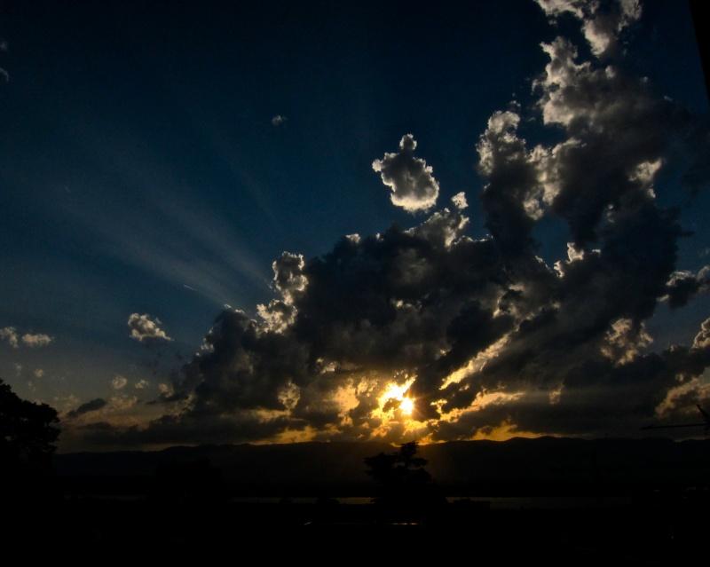 ciel-nuageux-3ad2a937-b90b-42fc-8177-9a3ff38fb428