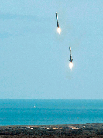 Falcon-Boosters_Landing