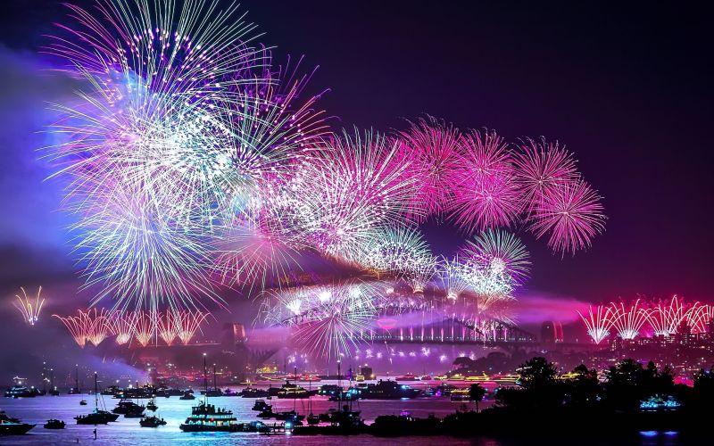 city-fireworks-wallpaper-high-resolution-For-Wallpaper-Idea.jpg