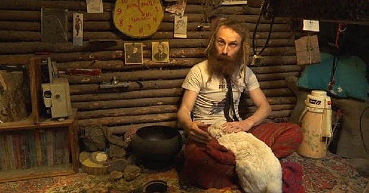 yuri-alekseyev-bois-russe-ermite-cabane-une.jpg