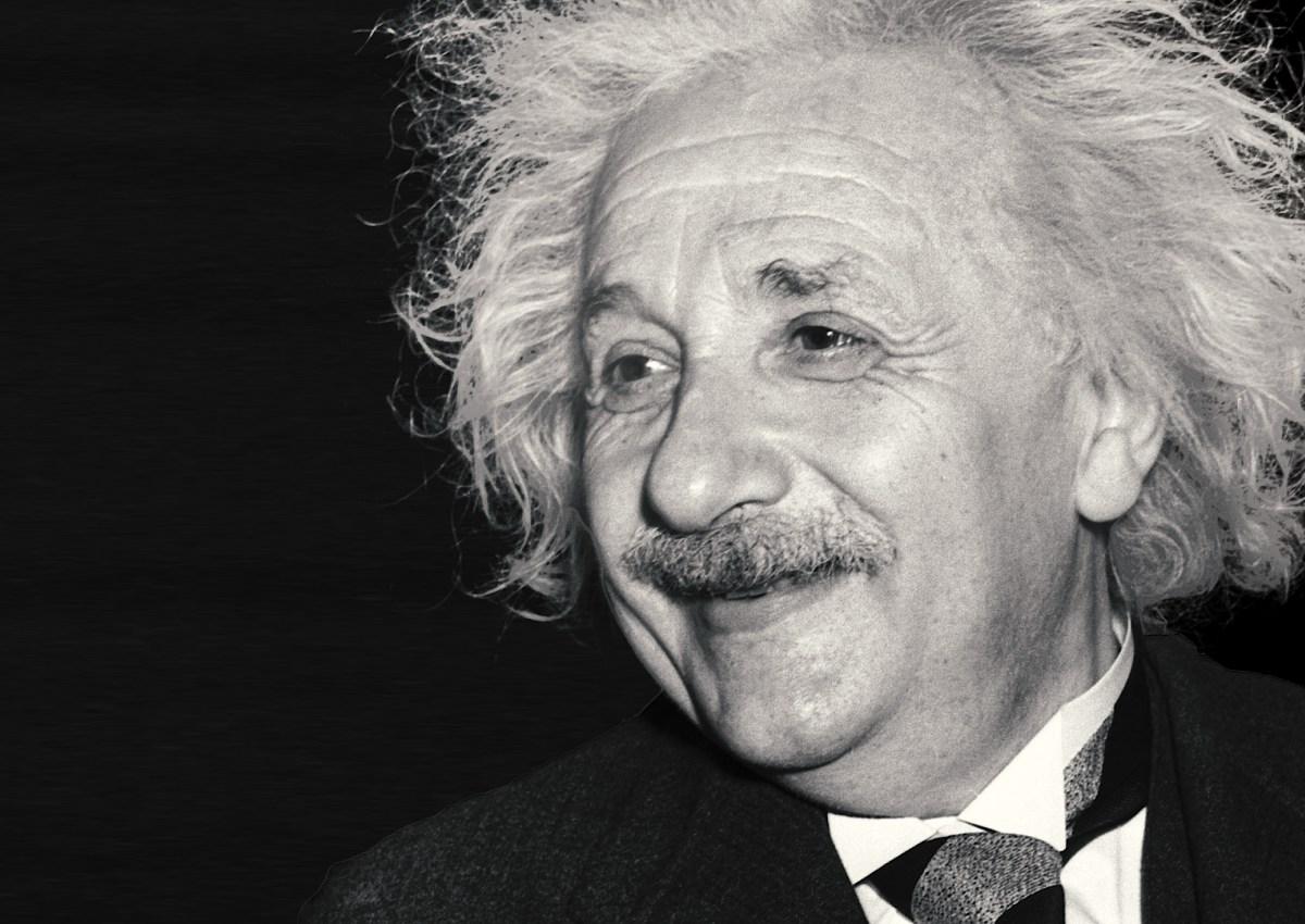 896944195679_Digimedia_EinsteinBirthdayProject_DELIVERY_TXTD.00_00_53_12.Still001