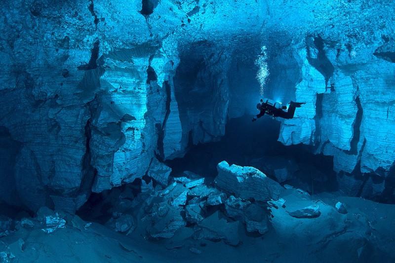 Orda-Cave-in-Russia-3869