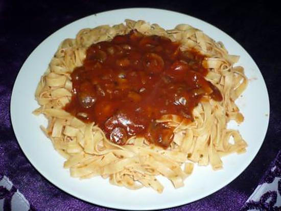 tagliatelles-sauce-tomatechampignons