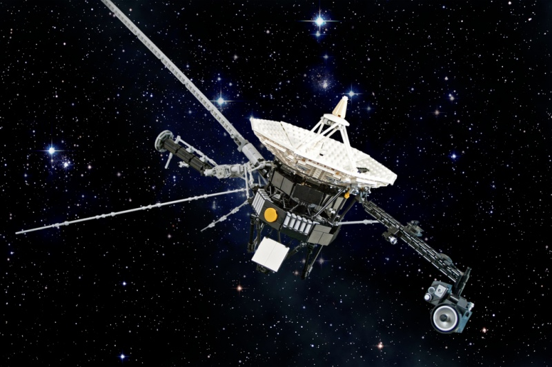 Voyager-2-Spacecraft-has-Officially-Entered-Interstellar-Space