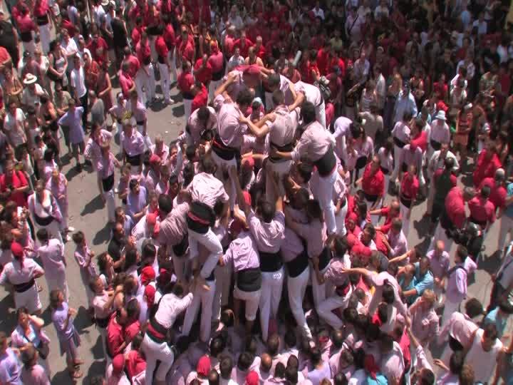 485289105-castell-festa-major-de-terrassa-solidarite-tour-de-force
