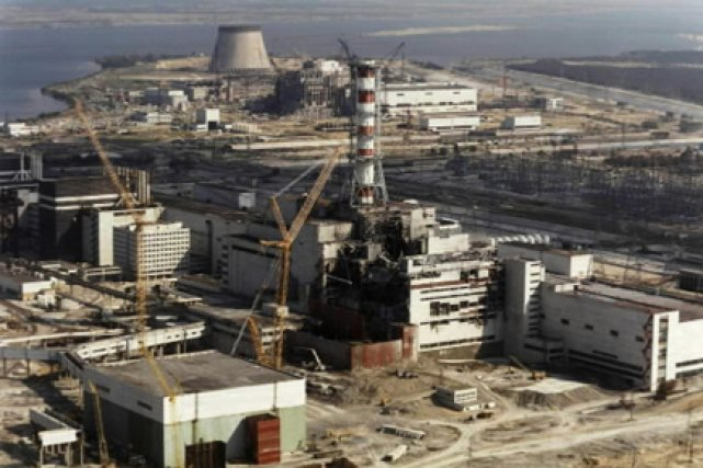 223358-reacteur-numero-4-tchernobyl-explose