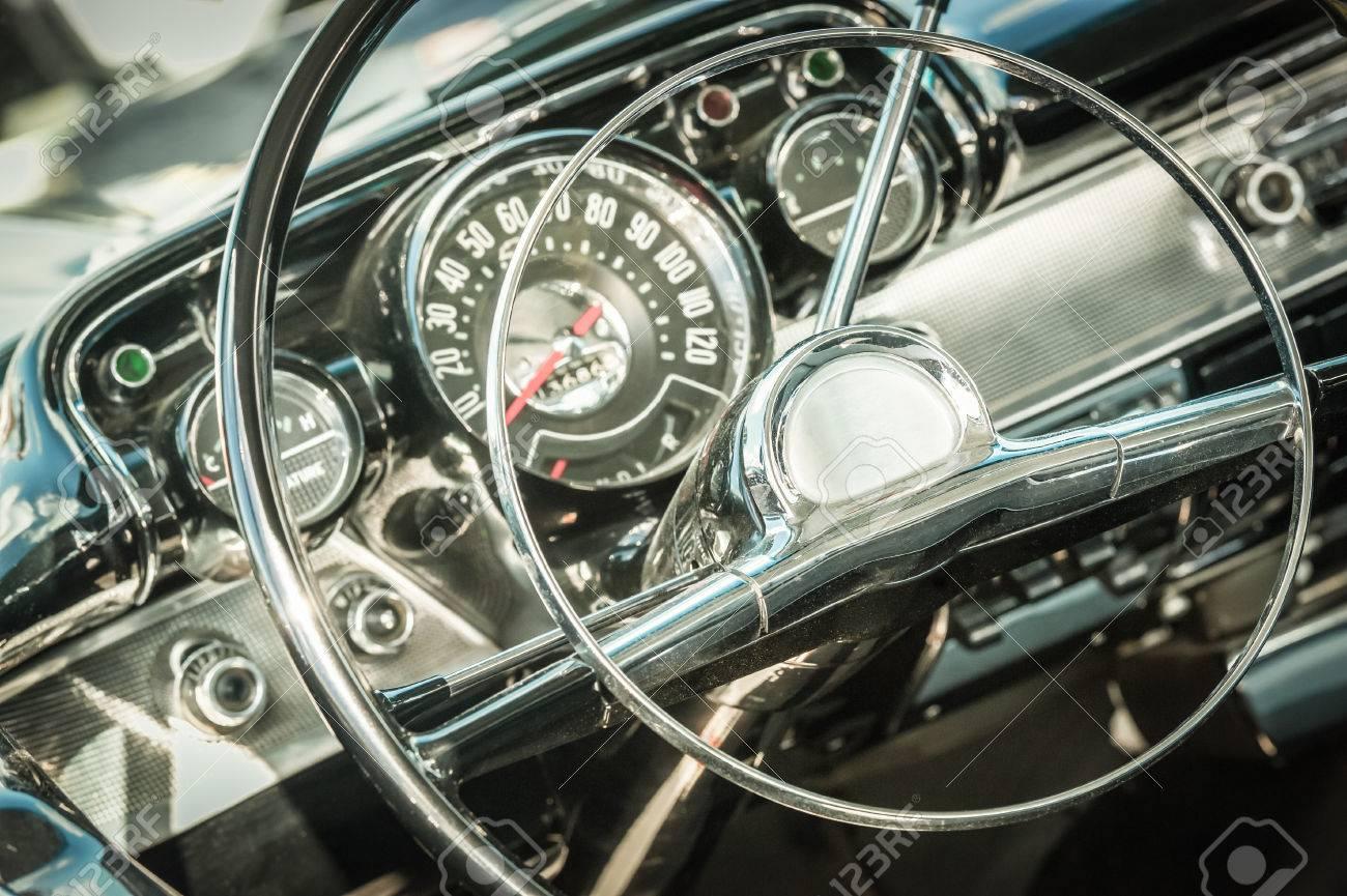 retro styled dashboard