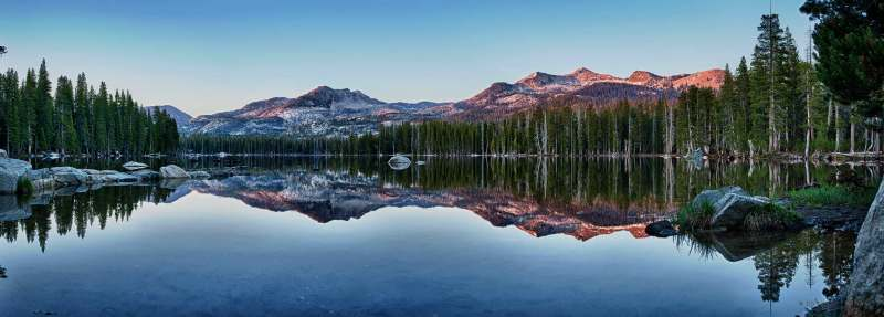 Sierra_HDR_Panorama_DFX8048_2280x819_Q40_wm_mini